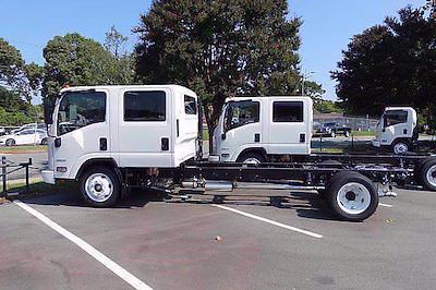2021 LCF 4500 Crew Cab 4x2,  Cab Chassis #CM06423 - photo 2