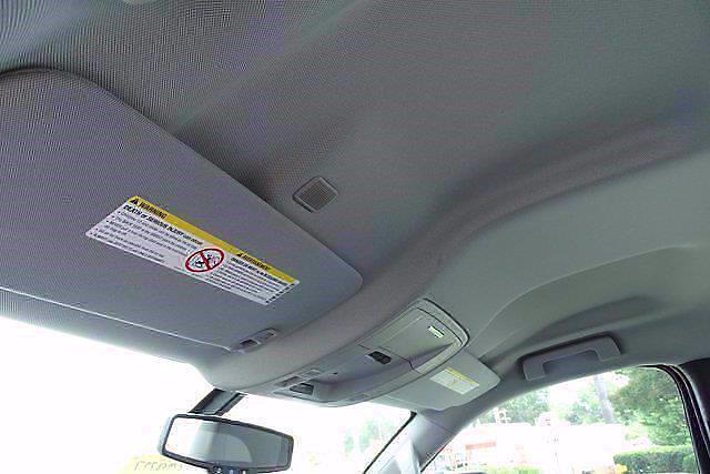 2021 Silverado 5500 Regular Cab DRW 4x2,  Cab Chassis #CM08055 - photo 8