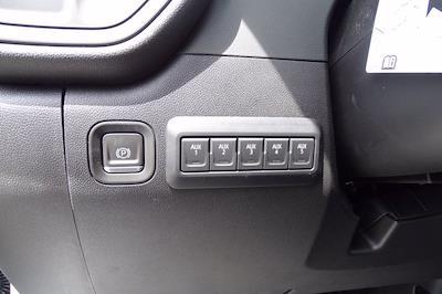 2021 Chevrolet Silverado 2500 Crew Cab 4x2, Reading Panel Service Body #CM16522 - photo 17