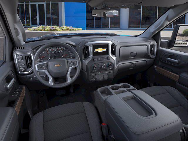 2021 Chevrolet Silverado 2500 Crew Cab 4x4, Pickup #CM18301 - photo 12