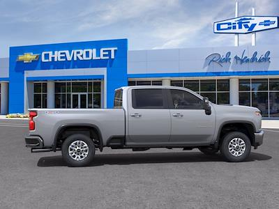 2021 Chevrolet Silverado 2500 Crew Cab 4x4, Pickup #CM18401 - photo 5