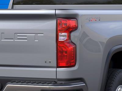 2021 Chevrolet Silverado 2500 Crew Cab 4x4, Pickup #CM18401 - photo 9