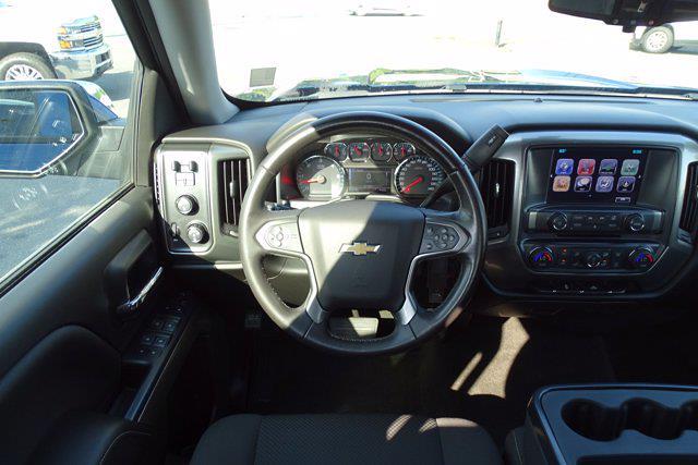 2018 Silverado 1500 Crew Cab 4x4,  Pickup #CM18401A - photo 14