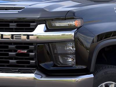 2021 Chevrolet Silverado 2500 Crew Cab 4x4, Pickup #CM18452 - photo 8