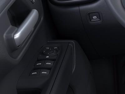 2021 Chevrolet Silverado 1500 Crew Cab 4x2, Pickup #CM21141 - photo 19