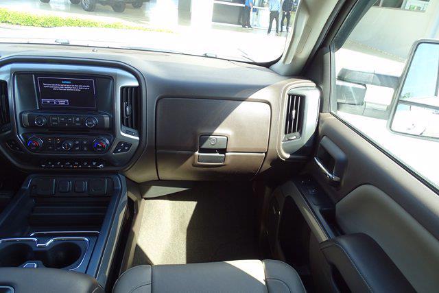 2017 Chevrolet Silverado 2500 Crew Cab 4x4, Pickup #CM21815A - photo 18