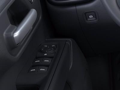 2021 Chevrolet Silverado 1500 Crew Cab 4x4, Pickup #CM26370 - photo 19