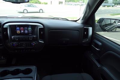 2017 Chevrolet Silverado 1500 Crew Cab 4x4, Pickup #CM30493B - photo 16