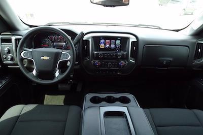 2017 Chevrolet Silverado 1500 Crew Cab 4x4, Pickup #CM30493B - photo 17