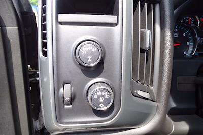 2017 Chevrolet Silverado 1500 Crew Cab 4x4, Pickup #CM30493B - photo 21
