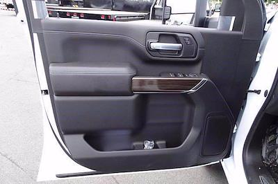 2021 Chevrolet Silverado 3500 Crew Cab 4x2, Cab Chassis #CM46215 - photo 11