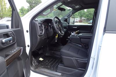 2021 Chevrolet Silverado 3500 Crew Cab AWD, Cab Chassis #CM46303 - photo 6