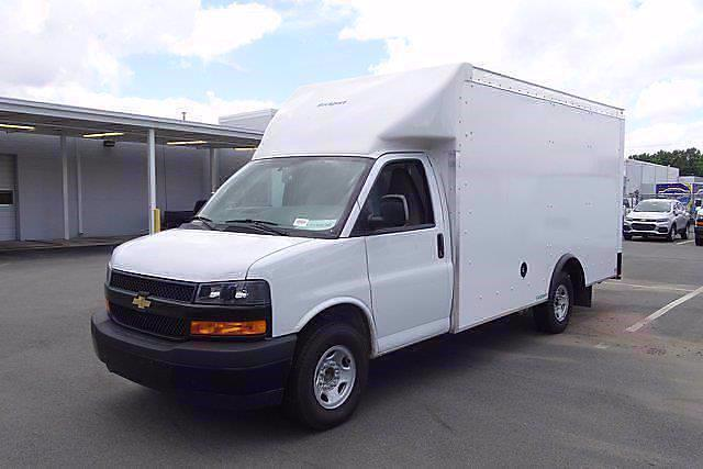 2021 Chevrolet Express 3500 4x2, Rockport Cargoport Cutaway Van #CM51116 - photo 4
