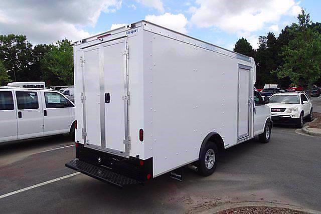 2021 Chevrolet Express 3500 4x2, Rockport Cargoport Cutaway Van #CM51241 - photo 3