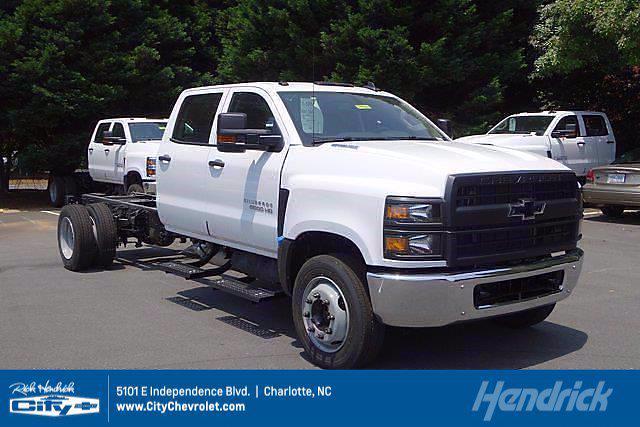 2021 Chevrolet Silverado 5500 Crew Cab DRW 4x2, Cab Chassis #CM64960 - photo 1