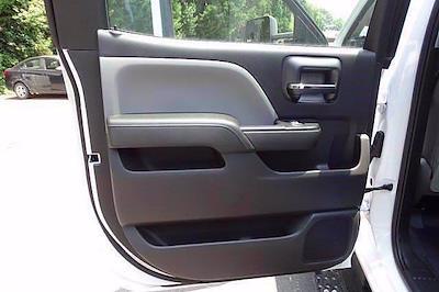 2021 Chevrolet Silverado 5500 Crew Cab DRW 4x2, Cab Chassis #CM64960 - photo 20