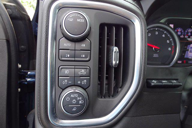 2020 Chevrolet Silverado 1500 Crew Cab 4x4, Pickup #CM66153A - photo 22