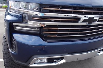 2020 Chevrolet Silverado 1500 Crew Cab 4x4, Pickup #CM66153A - photo 10