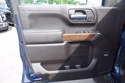 2020 Chevrolet Silverado 1500 Crew Cab 4x4, Pickup #CM66153A - photo 18