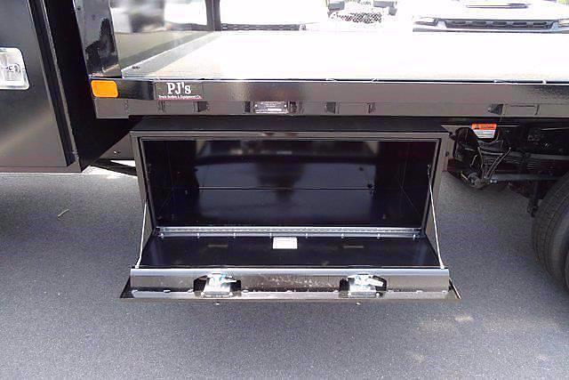 2021 Chevrolet Silverado 5500 Regular Cab DRW 4x4, PJ's Platform Body #CM75632 - photo 7