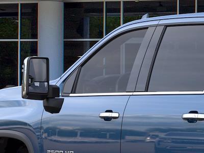 2021 Chevrolet Silverado 2500 Crew Cab 4x4, Pickup #CM77015 - photo 10