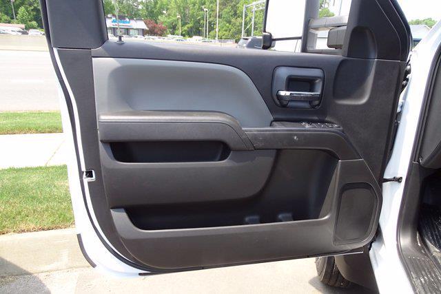 2021 Silverado 5500 Regular Cab DRW 4x2,  Cab Chassis #CM84690 - photo 10
