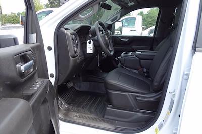 2021 Chevrolet Silverado 3500 Crew Cab 4x4, Knapheide PGNB Gooseneck Platform Body #CM96667 - photo 7