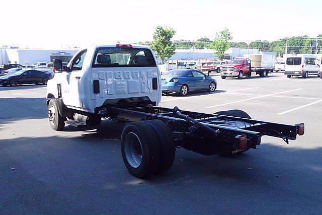 2021 Chevrolet Silverado 5500 Regular Cab DRW 4x2, Cab Chassis #CM98253 - photo 4