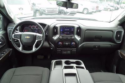 2019 Chevrolet Silverado 1500 Crew Cab 4x4, Pickup #DM76127A - photo 16
