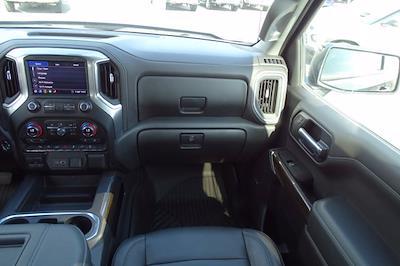 2020 Chevrolet Silverado 1500 Crew Cab 4x4, Pickup #DM87940A - photo 17