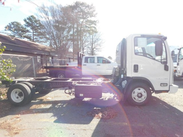 2017 LCF 4500HD Regular Cab 4x2,  Cab Chassis #F001973 - photo 8