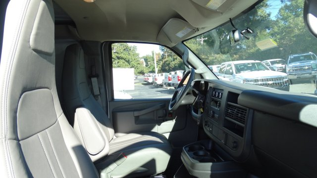 2017 Express 2500, Cargo Van #F344083 - photo 33