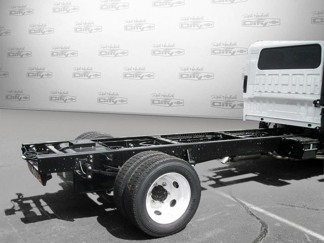 2017 LCF 4500 Crew Cab Cab Chassis #F802433 - photo 2