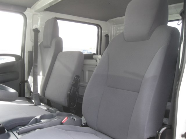2017 LCF 4500 Crew Cab Cab Chassis #F802434 - photo 17