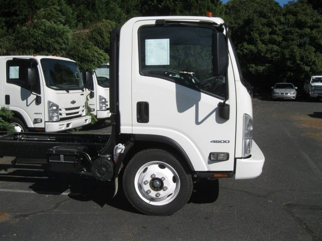 2016 LCF 4500 Regular Cab Cab Chassis #F811295 - photo 8