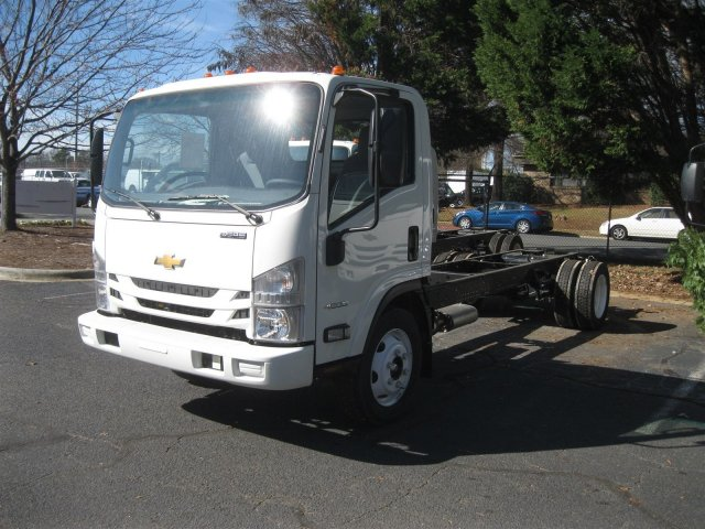 2016 LCF 4500 Regular Cab Cab Chassis #F811295 - photo 23