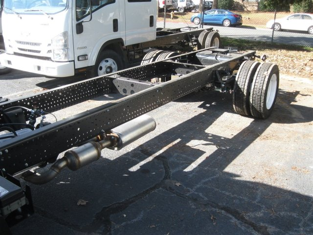 2016 LCF 4500 Regular Cab Cab Chassis #F811295 - photo 24