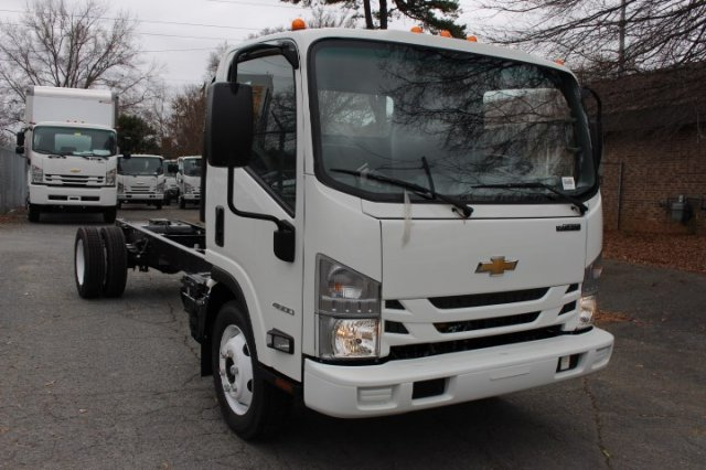 2018 LCF 4500 Regular Cab 4x2,  Cab Chassis #F811322 - photo 3