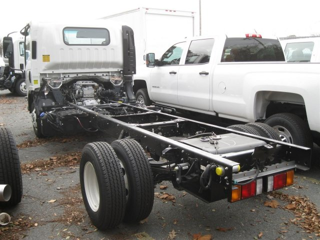 2016 LCF 3500 Regular Cab Cab Chassis #FF01603 - photo 8