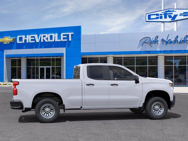 2021 Chevrolet Silverado 1500 Double Cab 4x2, Pickup #FM16562 - photo 5