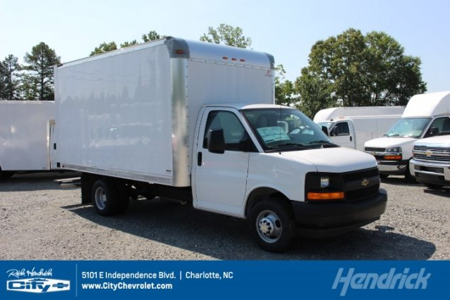 2018 Express 3500 4x2,  Supreme Cutaway Van #M010358 - photo 1