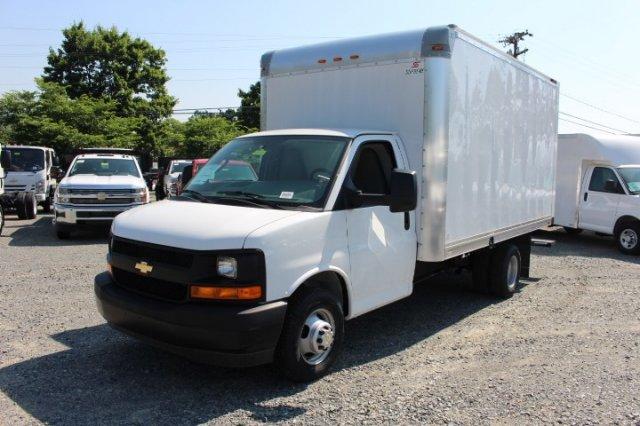 2018 Express 3500 4x2,  Supreme Iner-City Cutaway Van #M010358 - photo 3