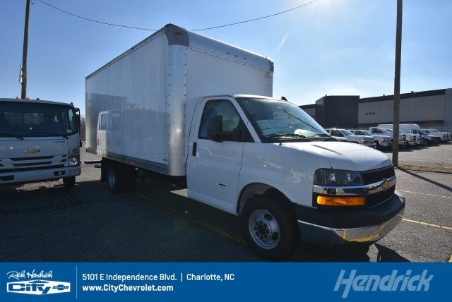 2019 Chevrolet Express 3500 4x2, Supreme Cutaway Van #M013400 - photo 1