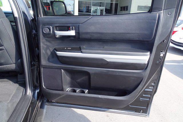 2018 Toyota Tundra Crew Cab 4x2, Pickup #M02109A - photo 33