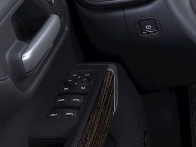 2021 Chevrolet Silverado 1500 Crew Cab 4x4, Pickup #M03464 - photo 19