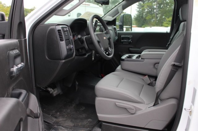 2019 Silverado 3500 Regular Cab DRW 4x2,  Knapheide Service Body #M100337 - photo 8