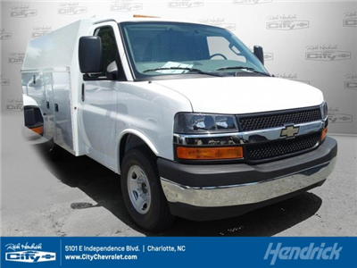 2017 Express 4500,  Service Utility Van #M104870 - photo 1