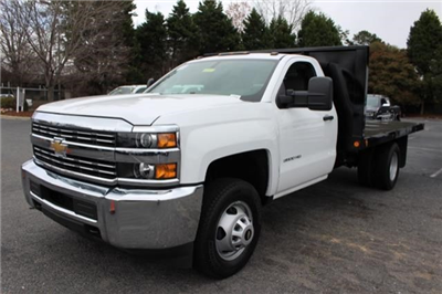 2018 Silverado 3500 Regular Cab DRW 4x2,  Freedom Workhorse Platform Body #M107913 - photo 4