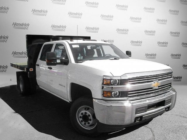2017 Silverado 3500 Crew Cab 4x4 Platform Body #M132996 - photo 3