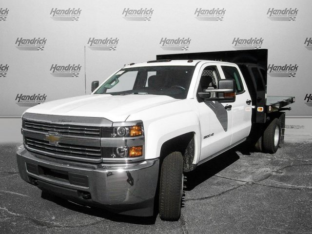 2017 Silverado 3500 Crew Cab 4x4 Platform Body #M132996 - photo 4